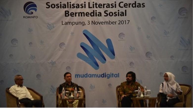 Cara Cerdas Mencegah Penyebaran Hoax di Media Sosial