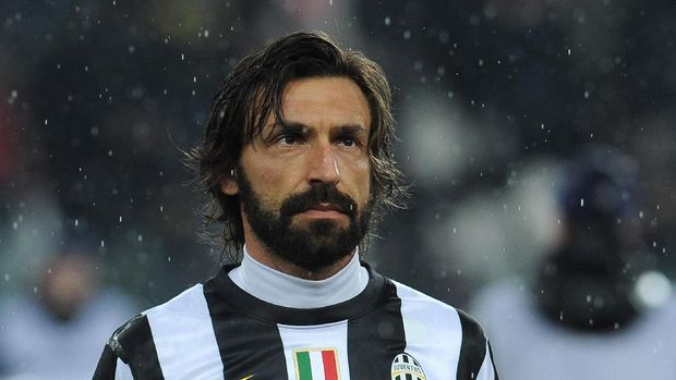 TURIN, ITALY - MARCH 06:  Andrea Pirlo of Juventus looks on prior to the UEFA Champions League round of 16 second leg match between Juventus and Celtic at Juventus Arena on March 6, 2013 in Turin, Italy.  (Photo by Valerio Pennicino/Getty Images)