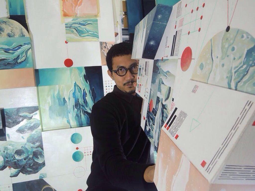 Radhinal Indra, Seniman Muda yang Kolaborasikan Astronomi dan Seni