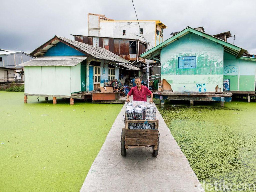 Begini Wajah Kampung Apung yang Ada di Ibukota