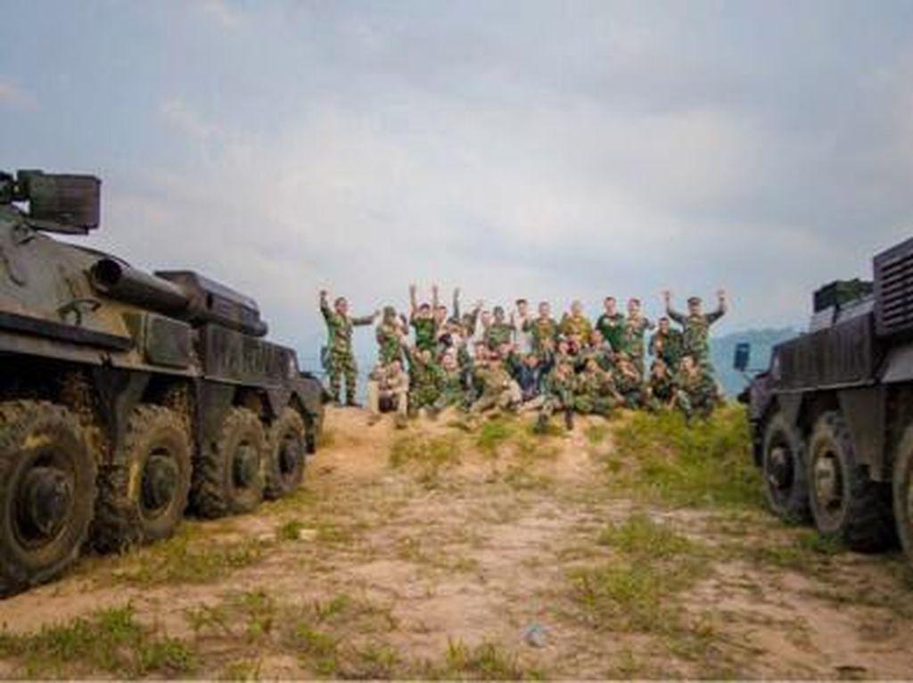 Melihat Pelatihan BTR-4M Korps Marinir TNI AL