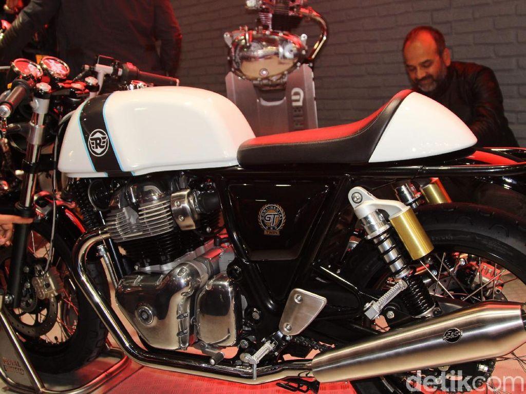 Sensasi Motor Bermesin Dua Silinder Royal Enfield
