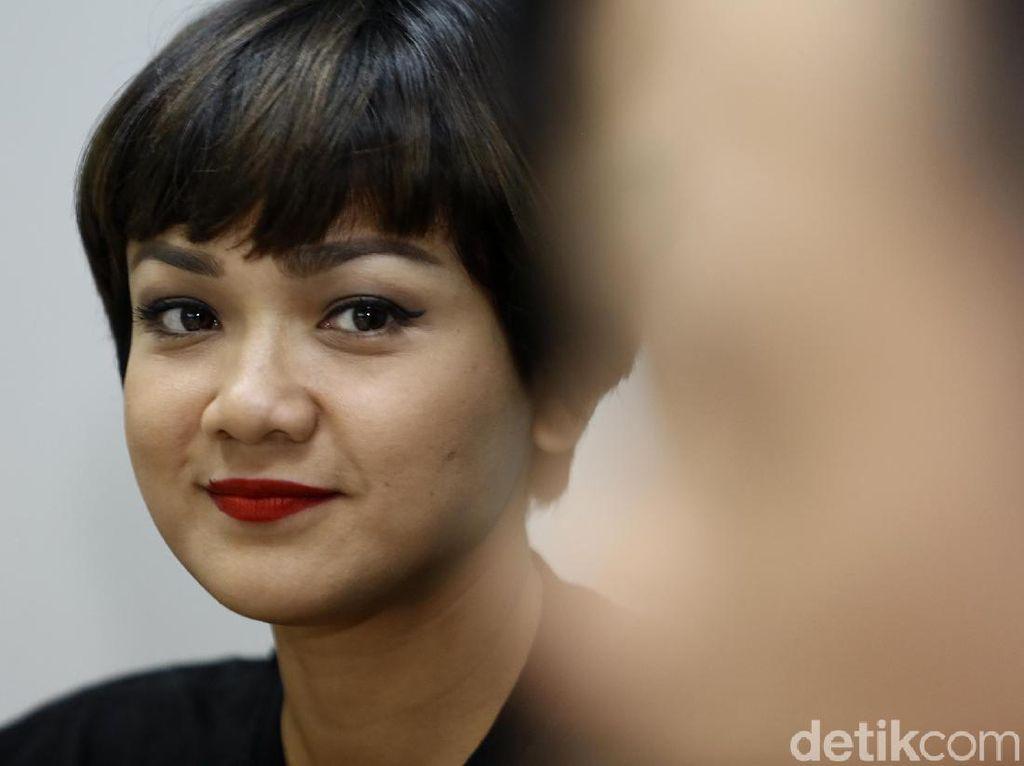 Pertama Kali Main Film Action, Nirina Seneng Banget