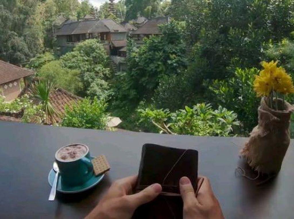 Video Keren Bali yang Diposting 9GAG