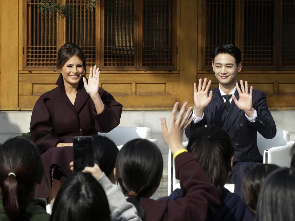 Bugarnya Minho, Bintang Kpop yang Dampingi Melania Trump di Seoul