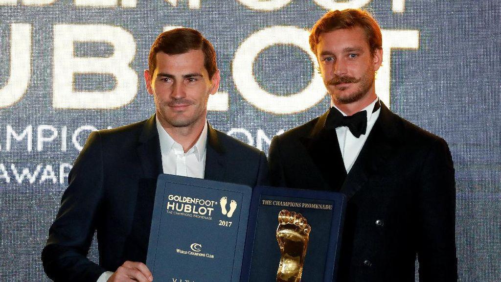 Penghargaan Golden Foot untuk Casillas