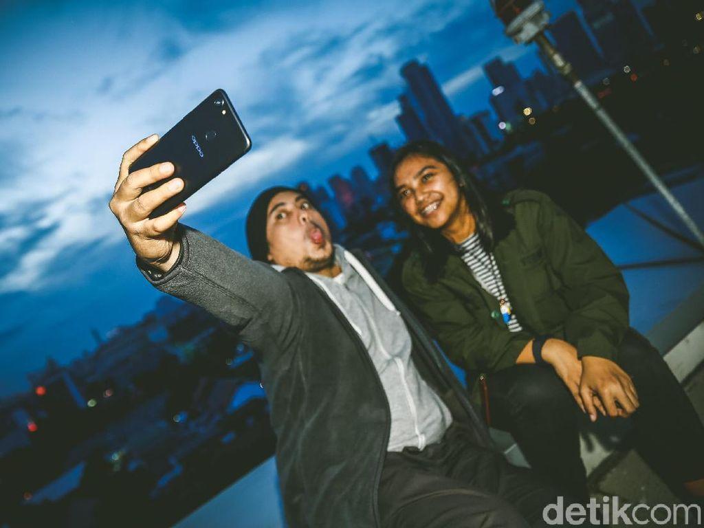 Riset: Orang yang Terobsesi Selfie Punya Gangguan Mental