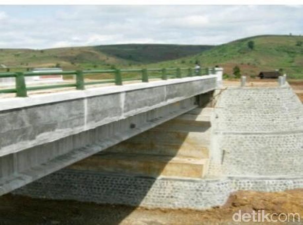Pemkab Blitar Realisasikan Reboisasi Pengganti Jalur Pansela