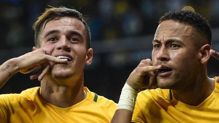 Philippe Coutinho dan Neymar di timnas Brasil (Foto: Pedro Vilela/Getty Images)
