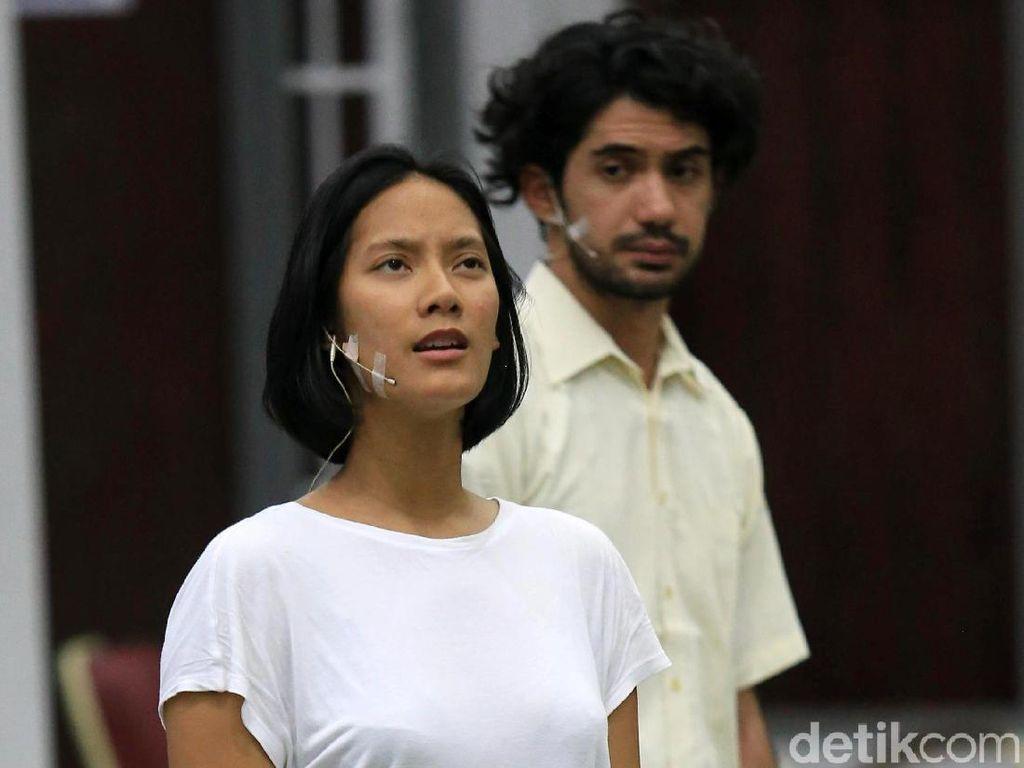 Chairil Anwar Hadir dalam Bentuk Buku, Segera ke Panggung Teater