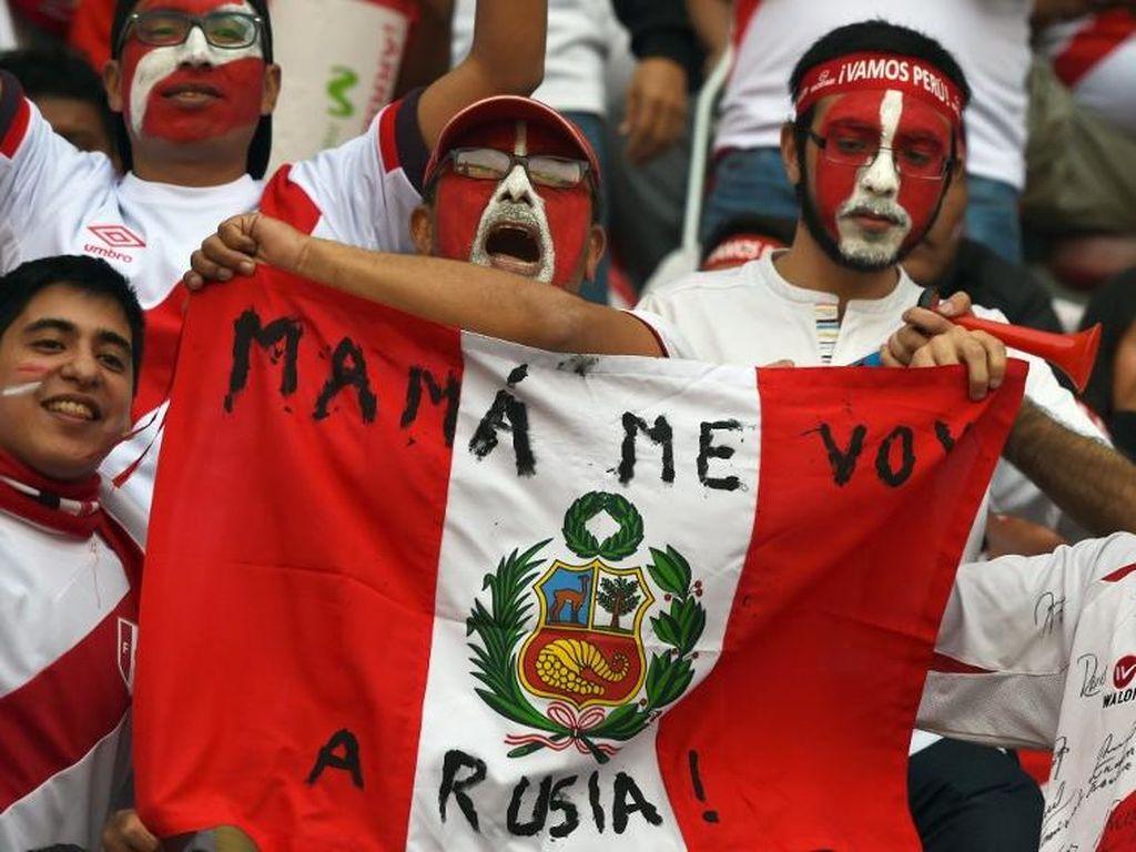 Nyaris 700 Ribu Fans Peru Berebut 10 Ribu Tiket Laga Playoff