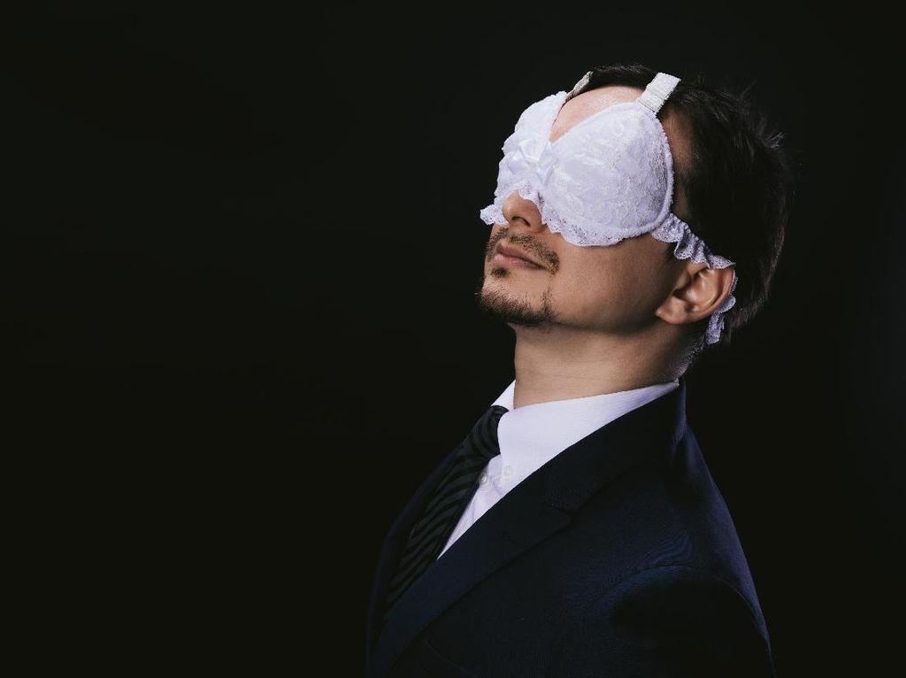 Foto: Penutup Mata Unik Berbentuk Bra, Kamu Mau Coba?
