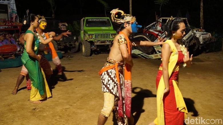 Pertunjukan budaya di Desa Nglinggo, Kulonprogo (Shinta Angriyana/detikTravel)