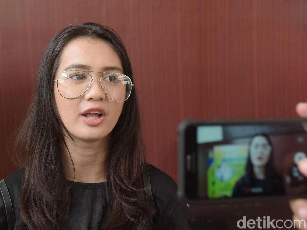 Kamera Hilang, Dhea Annisa Kapok Kirim Barang Mahal Via Ekspedisi