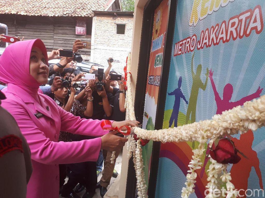 Istri Kapolda Resmikan Taman Baca Kemala Bhayangkari di Johar Baru