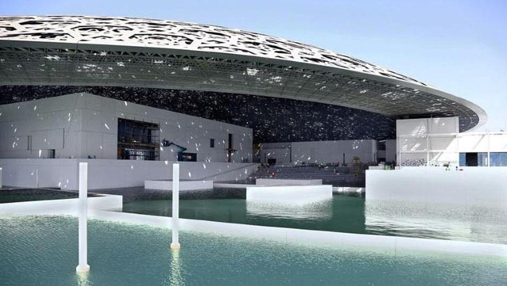 Foto: Kembaran Museum Louvre di Abu Dhabi