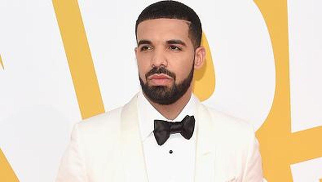 Saat Drake Jatuh Hati pada Indomie
