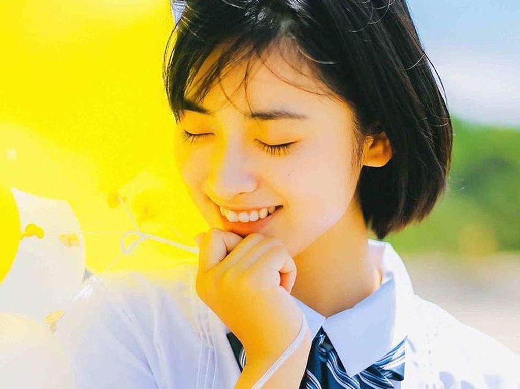 Lucunya Shen Yue Naik Bangku saat Syuting Meteor Garden Remake