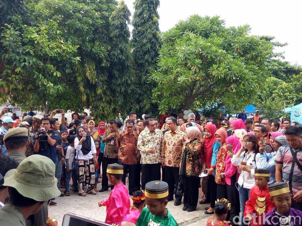 Anies Hadiri Perayaan HUT ke-16 Kepulauan Seribu di Pulau Pramuka