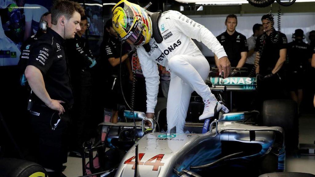 Hamilton Kembali Tercepat