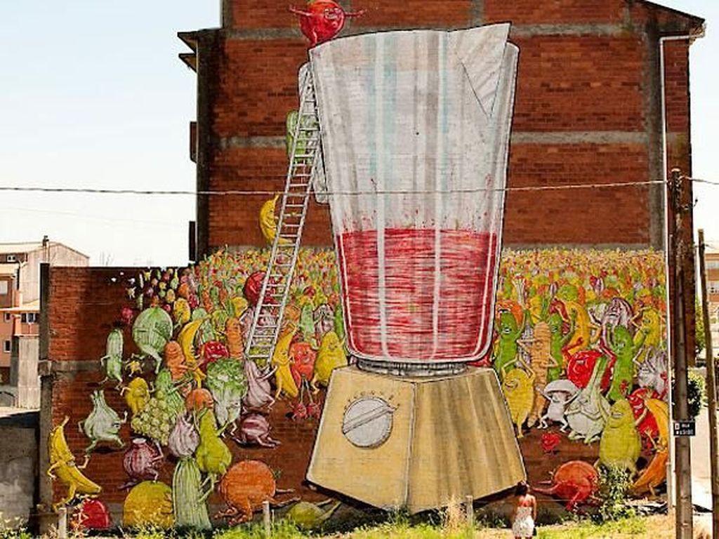Niat Banget, Potret Viral Lukisan Mural Raksasa
