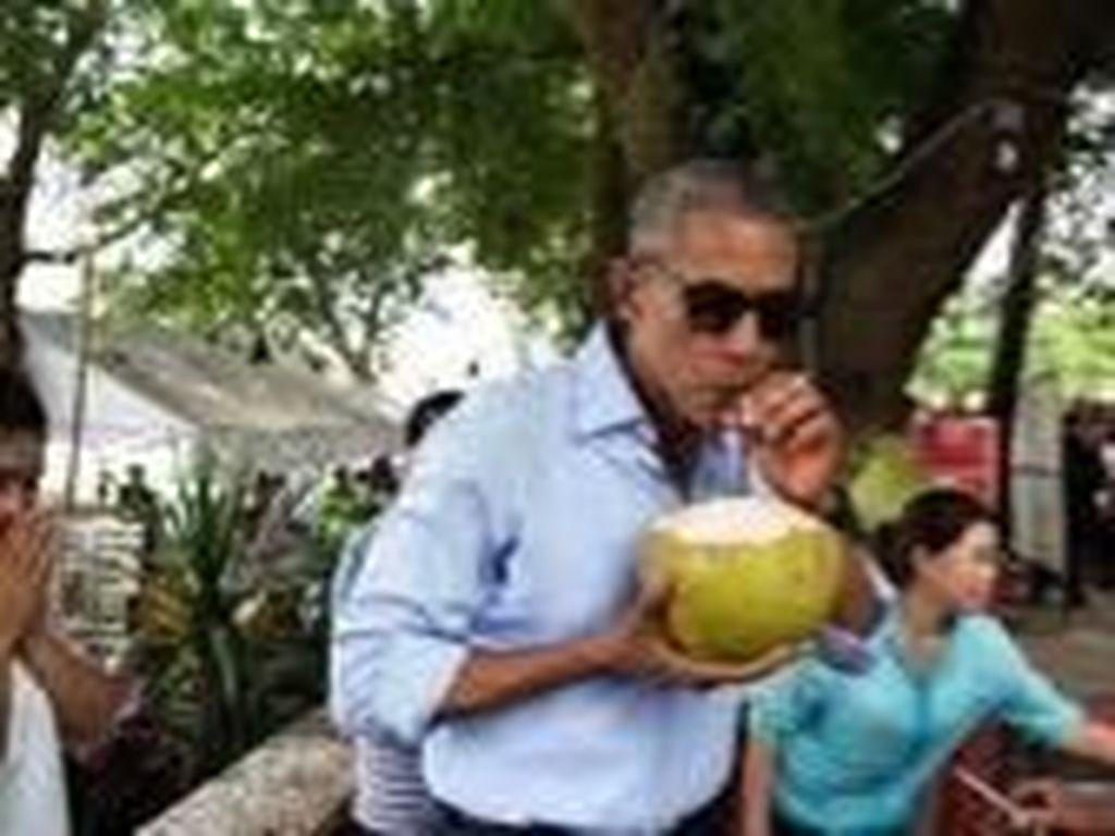 Serunya Momen Liburan Obama, Beckham, dan Paris Hilton di Bali