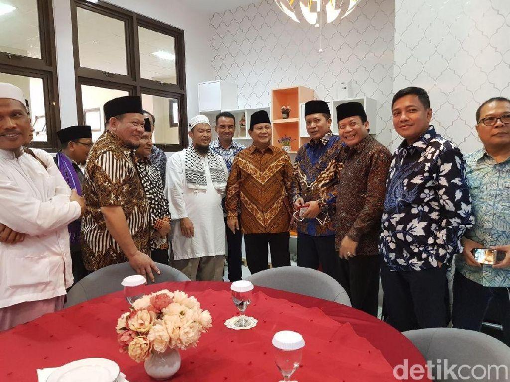 Prabowo-Amien Rais Bahas Pilkada hingga Pilpres dengan Alumni 212