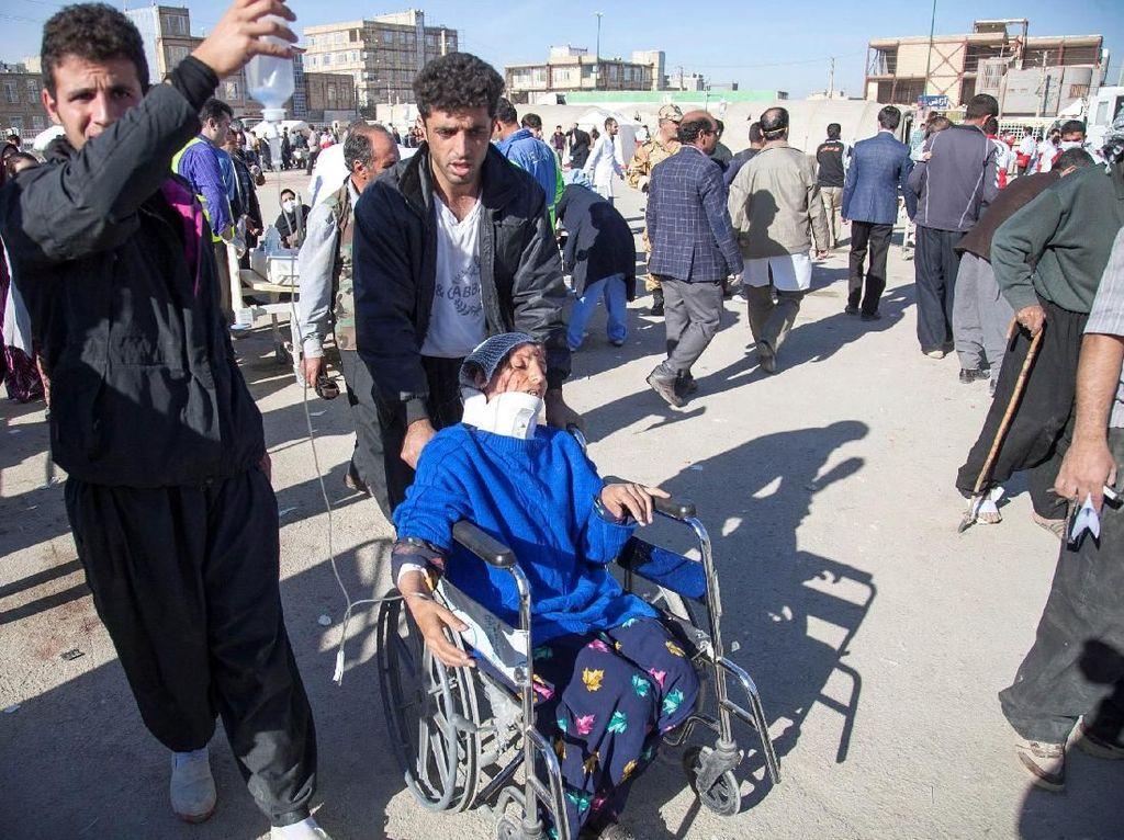 500 Orang Lebih Tewas, Nasib Korban Selamat Gempa Iran Memprihatinkan
