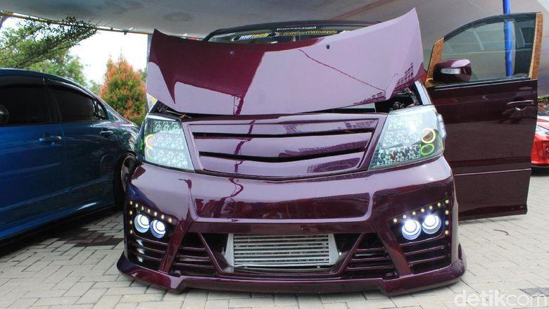 Bingung Modifikasi Toyota Alphard Agar Lebih Mewah? Ini Jawabannya