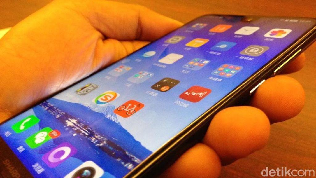 Ramaikan Pasar Indonesia, Ponsel Sharp Ikuti Tren Kekinian