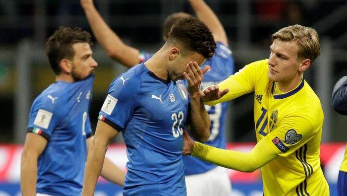 Stephan El Shaarawy menangisi kegagalan Italia lolos ke Piala Dunia 2018 (Max Rossi/Reuters)
