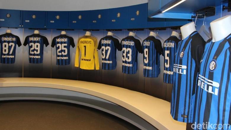 Ruang Ganti Inter Bawa Sial untuk Timnas Italia?