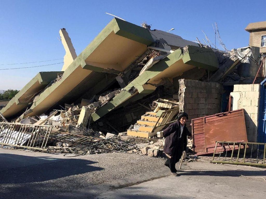 Dahsyatnya Kehancuran Akibat Gempa di Iran-Irak