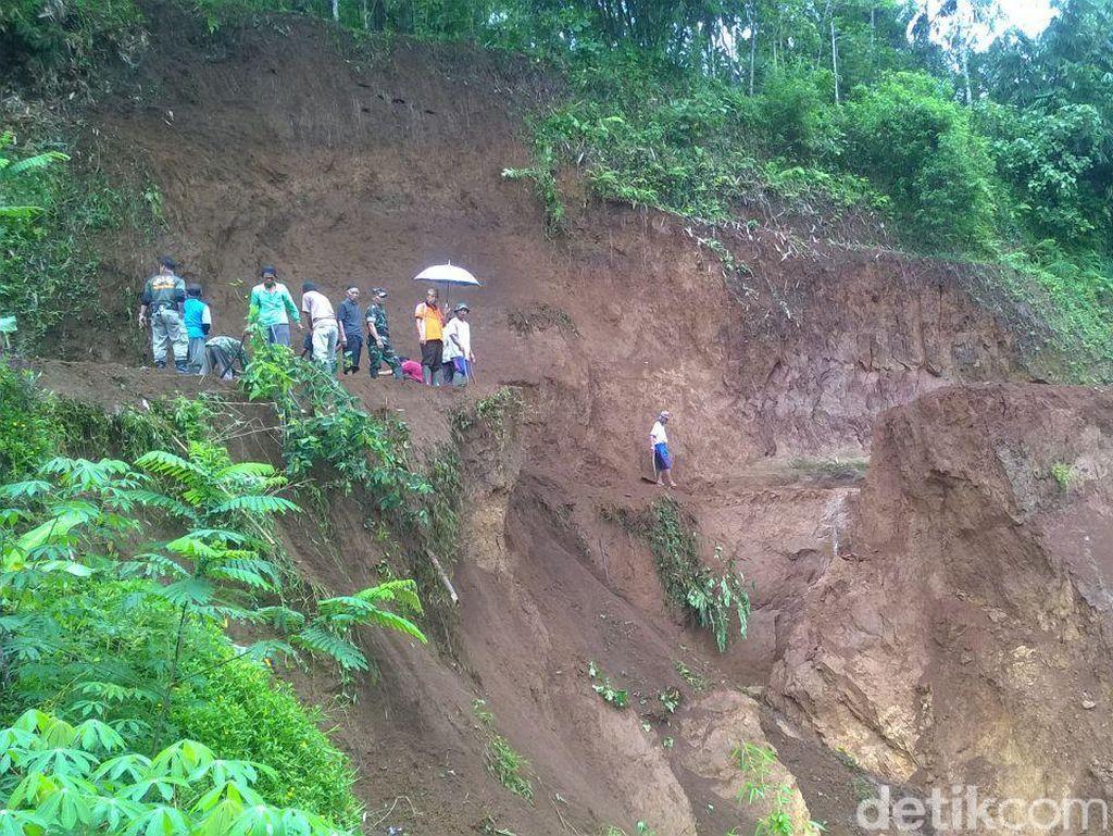 2 Kecamatan di Tasikmalaya Ini Paling Rawan Longsor