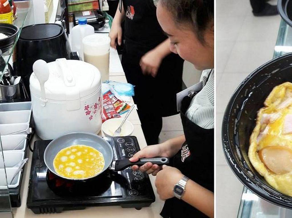 Nyam! Di 7-Eleven Bangkok Ini Anda Bisa Sarapan Omelet Hangat-hangat