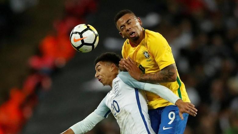 Inggris Berimbang Kontra Brasil