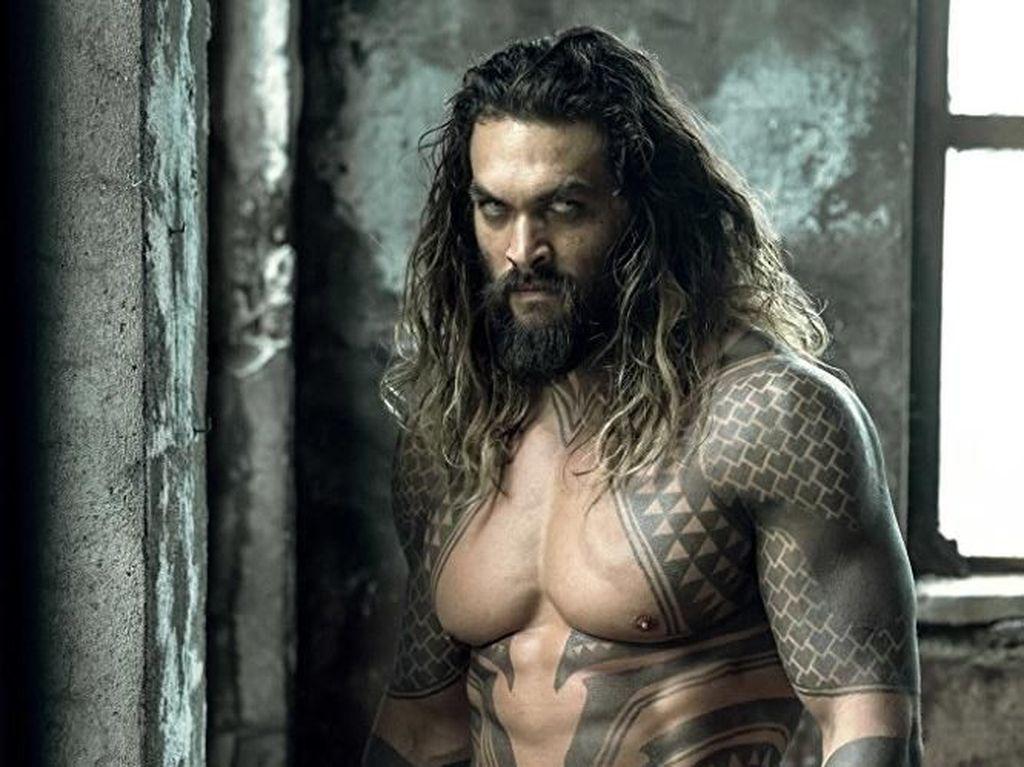 Jason Momoa, Aquaman yang Jago Climbing