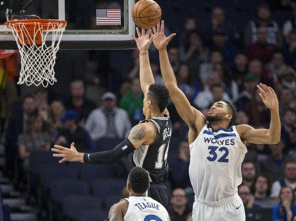 Wolves Hentikan Rentetan Kekalahan atas Spurs