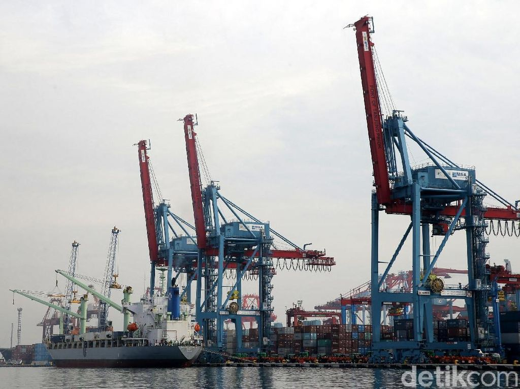 Ekspor Migas Turun 37%, Tambang hingga Pertanian Juga Loyo