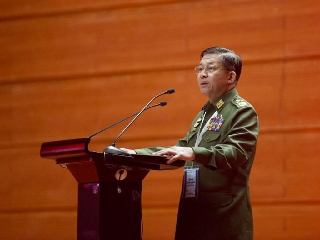Pemimpin Militer Myanmar: Tak Ada Bukti Tentara Aniaya Rohingya