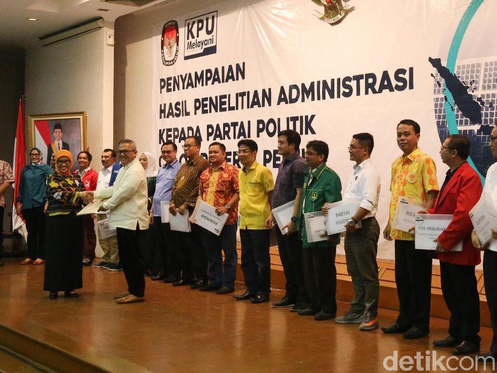 KPU Serahkan Hasil Seleksi Administrasi Parpol Calon Peserta Pemilu