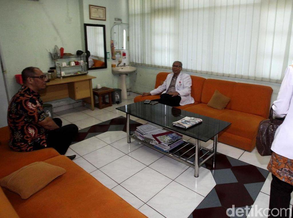 Foto: Diskusi Hangat Dokter KPK dan RS Permata Soal Novanto