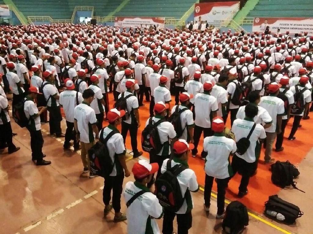 Kemenpora Berangkatkan 1.500 Pemuda Mandiri Membangun Desa