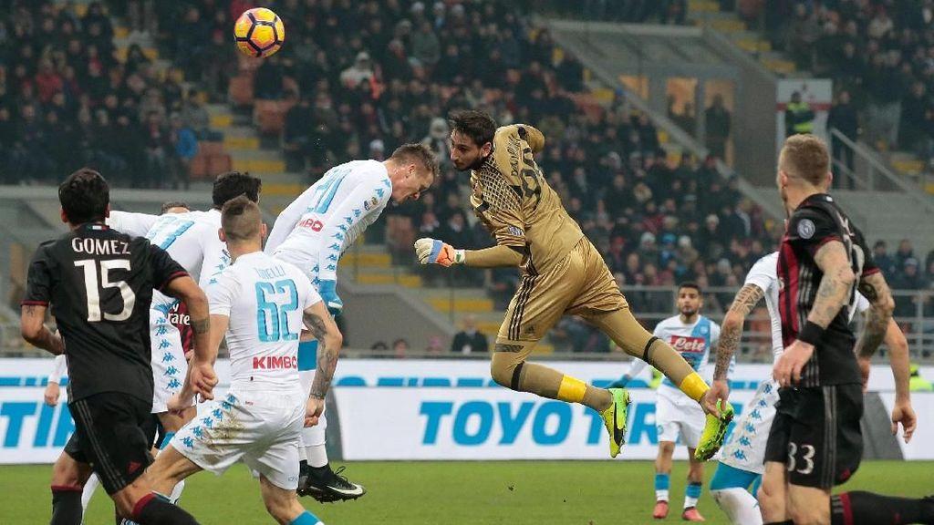 Performa Naik-Turun, Milan Pede Bidik Kemenangan di San Paolo