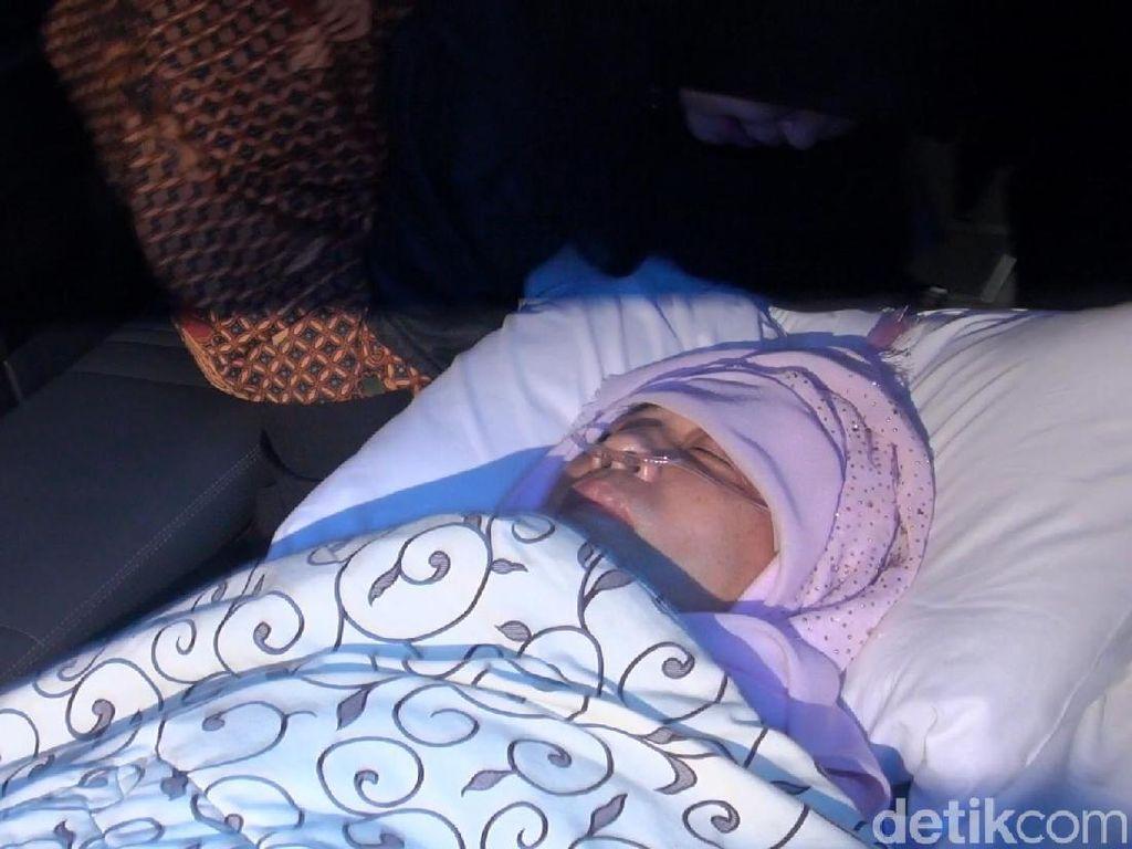 Bimanesh: Novanto Tiba di RS Buru-buru, Kepalanya Dibungkus Selimut