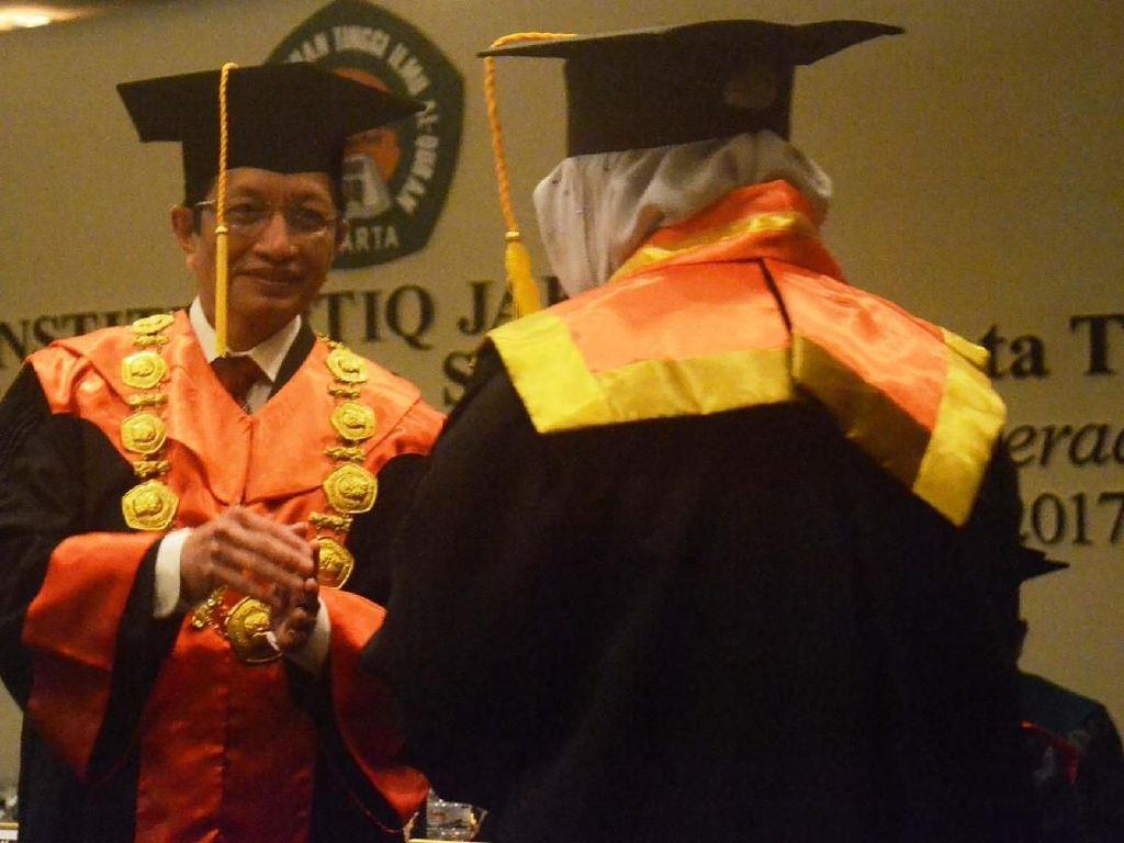 Wisuda Mahasiswa Institut Perguruan Tinggi Ilmu Al-Quran