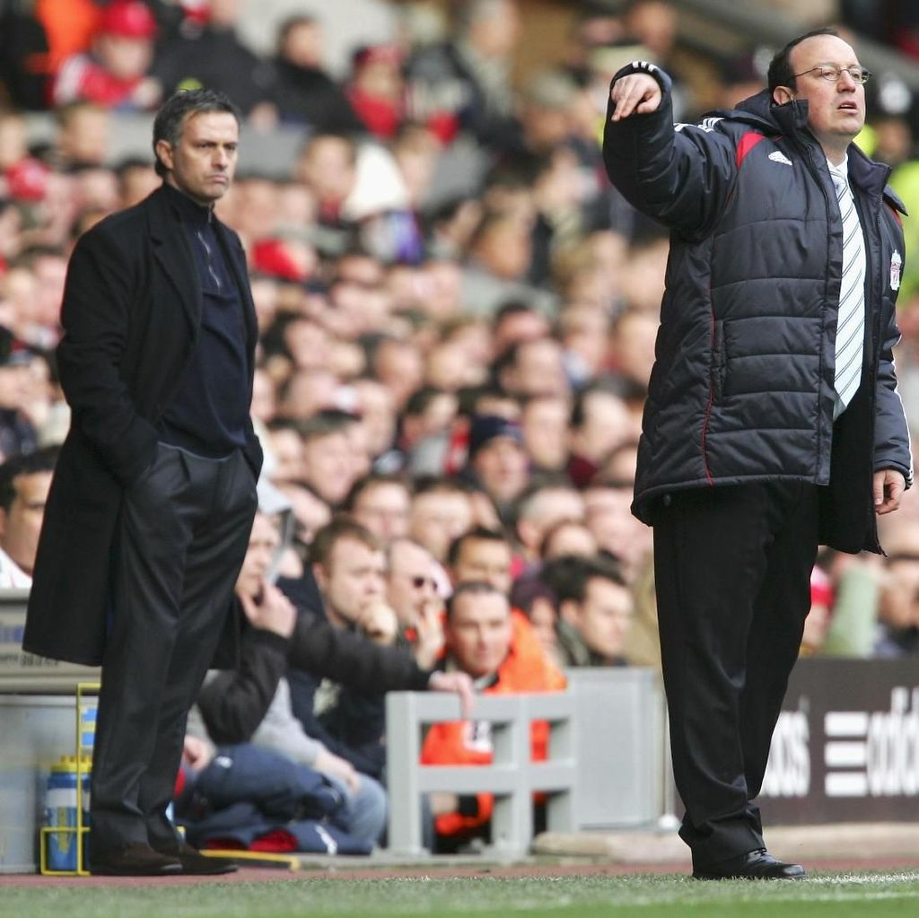 Benitez Fokus ke MU, Bukan Mourinho