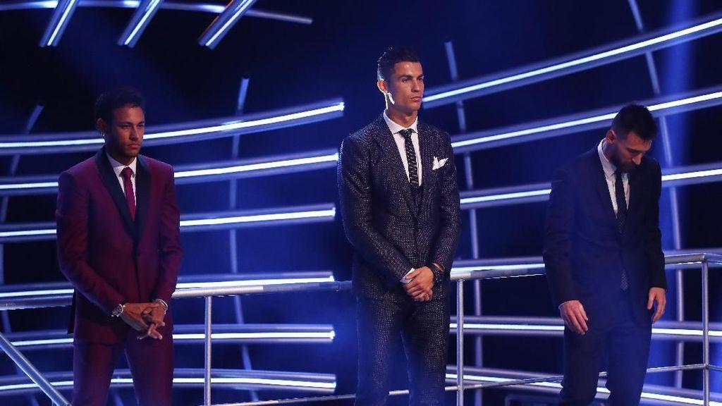 PSG Bakal Duetkan Ronaldo dan Neymar Musim Depan?