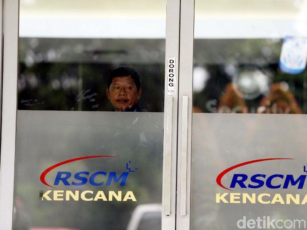 Suasana Terkini di RSCM Tempat Novanto Dirawat