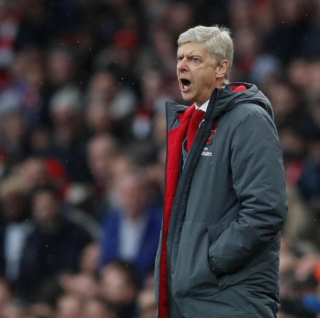 Ketusnya Wenger Jawab Klaim Gol Pertama Arsenal Tak Sah